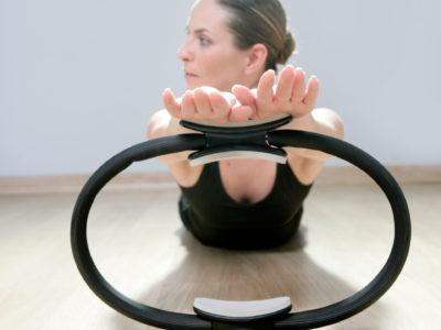 clase-de-pilates-cu-accesorii-(cerc)