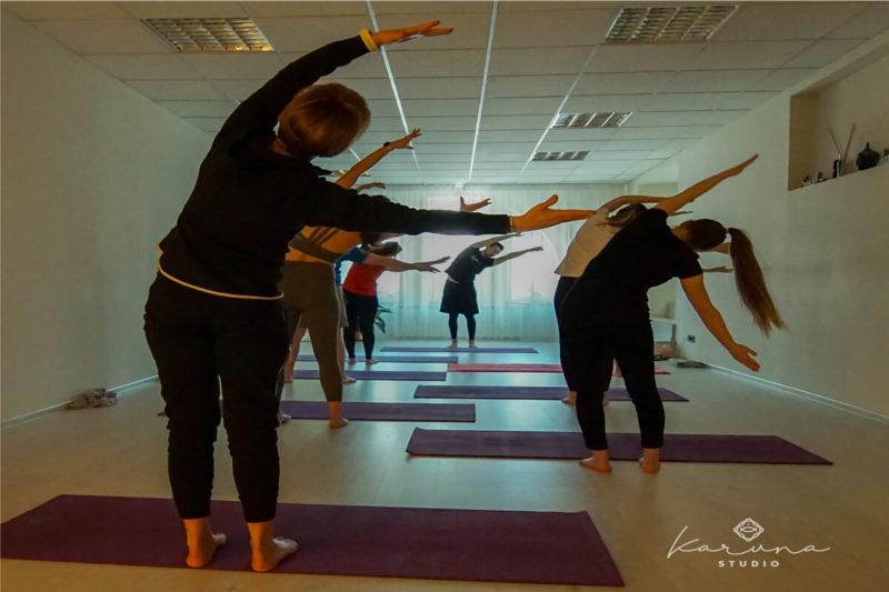 studio clase yoga