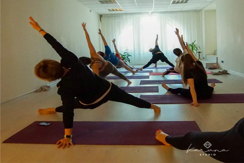 studio yoga online