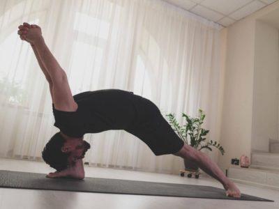 Yoga cu Ovidiu